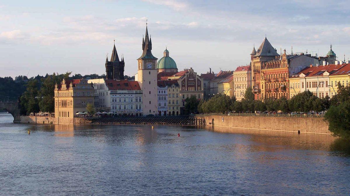 Rio Moldava Praga Cologne Cathedral Cathedral Landmarks