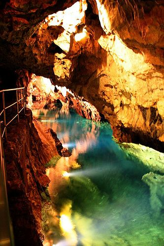 Place Cueva De Las Maravillas Huelva Andalucía Spain Photo By Unknown Gruta De Las Maravillas Cueva De Las Maravillas Lugares Preciosos