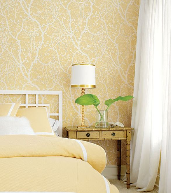 yellow wallpaper in bedroom--try to copy this in paint!