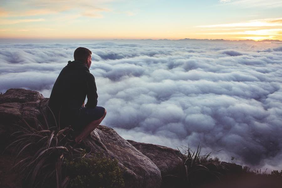 Comenzamos la actividad de hoy recordando unas breves y claras palabras del escritor y periodista estadounidense Stephen Crane sobre el poder que tiene el cambio de pensamiento...  Encuéntralas en: http://www.reikinuevo.com/cambiar-pensamientos/