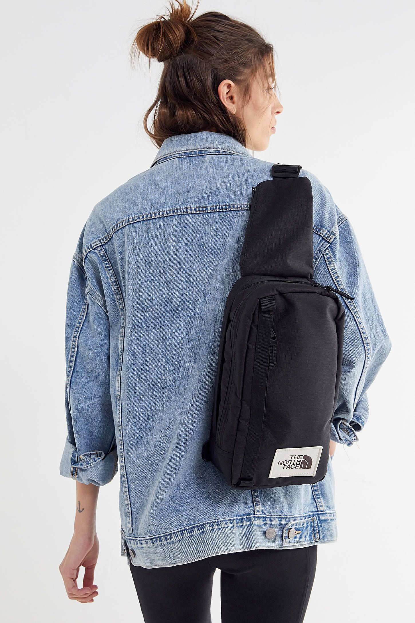 98b3a7816b0 The North Face Field Crossbody Bag in 2019 | Clothes | Bags ...