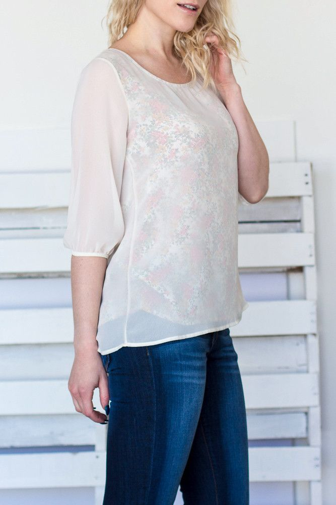 308e87f18 Vild Floral Top Graphic Patterns, Clothing Company, Work Attire, Urban  Fashion, Floral