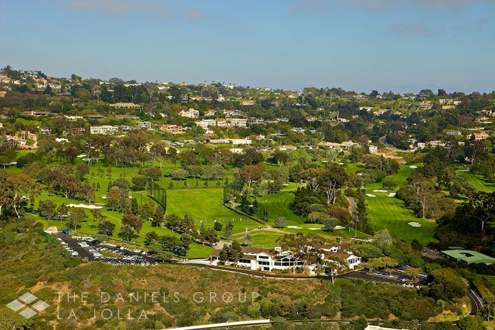 Nestled above La Jolla Village sits the gorgeous Country Club neighborhood. This exclusive La Jolla community boasts luxurious hillside villas and expansive fairway estates.