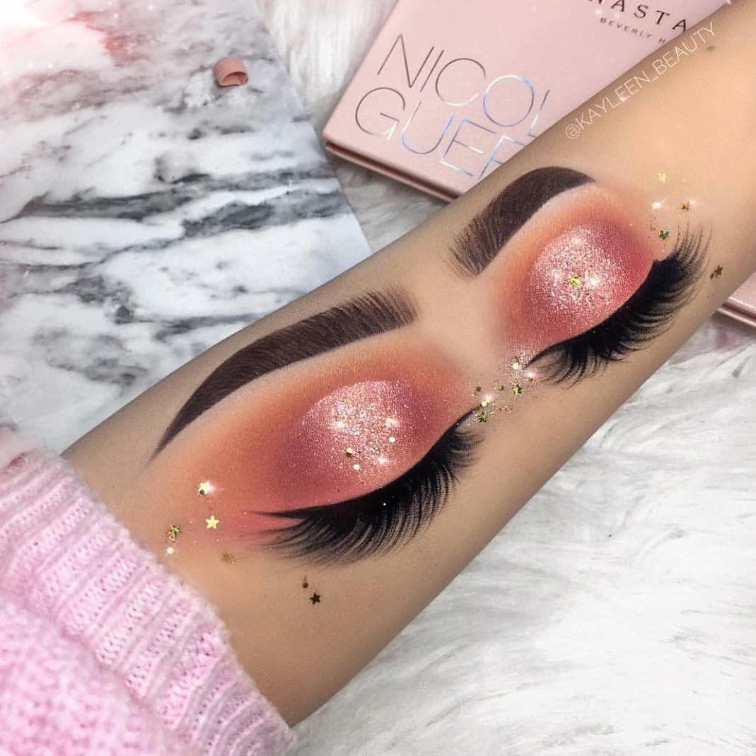 Makeup  Hand makeup, Eye makeup, Eye makeup art