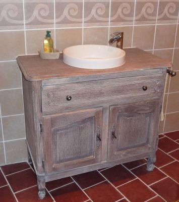 Meuble d tourn pour la salle de bain vivre pinterest meuble vasque - Relooker meuble salle de bain ...