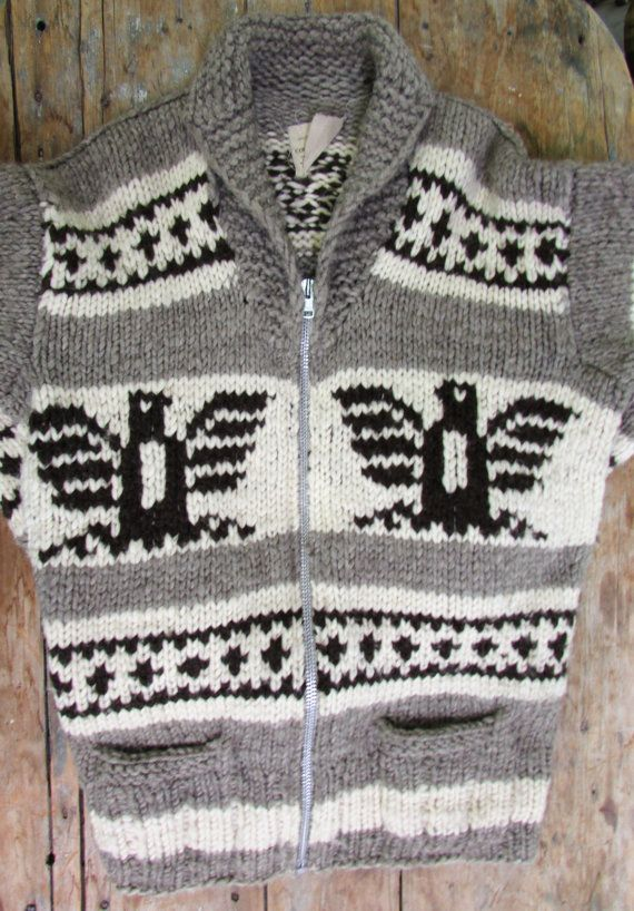 f3b265c5ab5b AUTHENTIC COWICHAN Sweater    Vintage 1970 s    Native Hand Knit ...