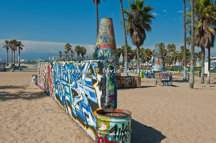 Venice Beach Ca Graffiti Wall Art Work Recreation Socal Beach Graffiti Wall Art Venice Beach Street Art