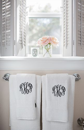 Katey McFarlans Pattern Friendly Texas Home Texas Apartments - Patterned towels for bathroom for small bathroom ideas