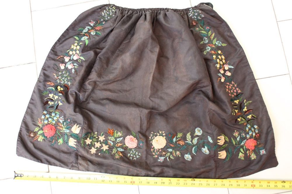1840s 1860s Antique Silk Apron With Embroidered