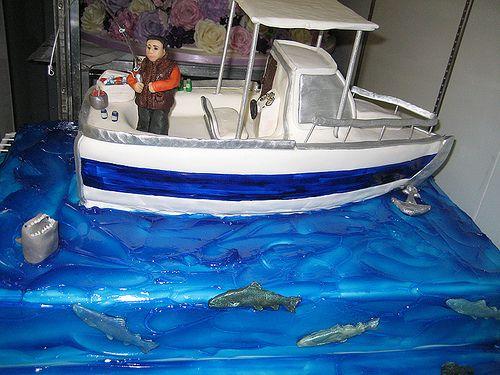 HttpCakeDecoratingCoursesOnlinecomcakedecorating Fishing - Fishing boat birthday cake
