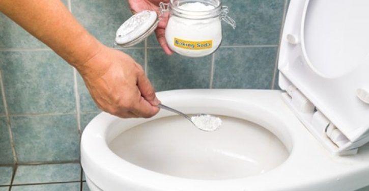 Apprenez A Utiliser Le Bicarbonate De Soude Pour Que Vos Toilettes