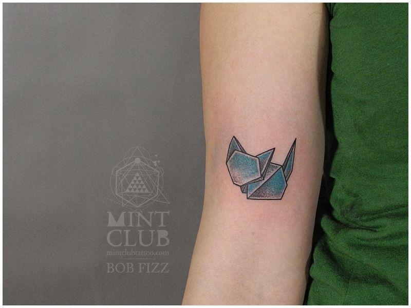 pingl par tattoo egrafla sur mod les de tatouages origami pinterest tatouage origami. Black Bedroom Furniture Sets. Home Design Ideas