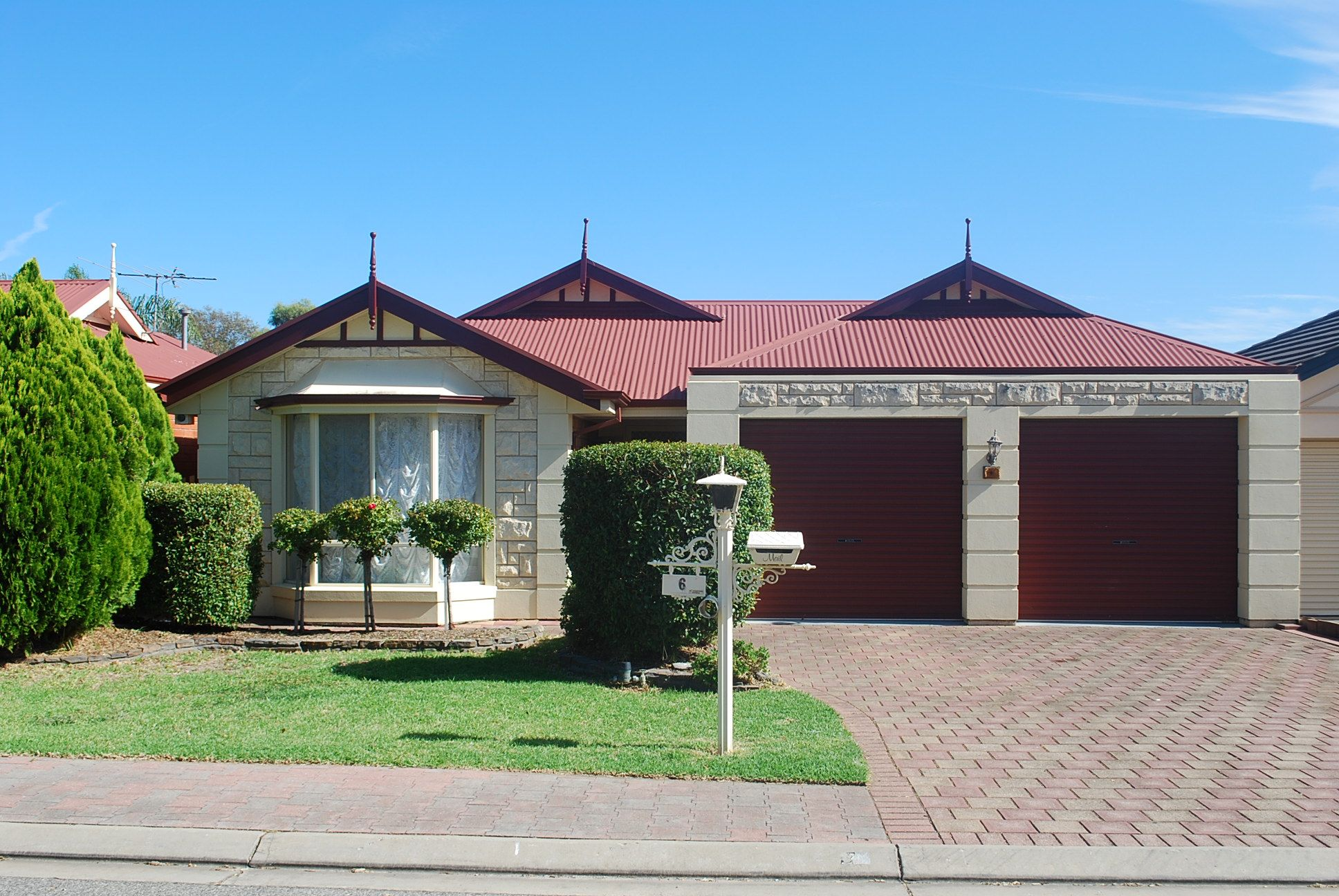 Home In Woodcroft For Sale With Kevin J Barry From The Professionals Christies Beach Real Estate Agency 08 8 Sell Property Real Estate Agency Estate Agency