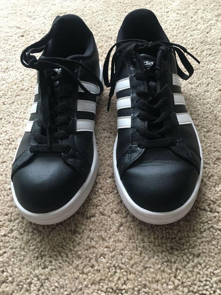 Womens Black Adidas Superstar size 7