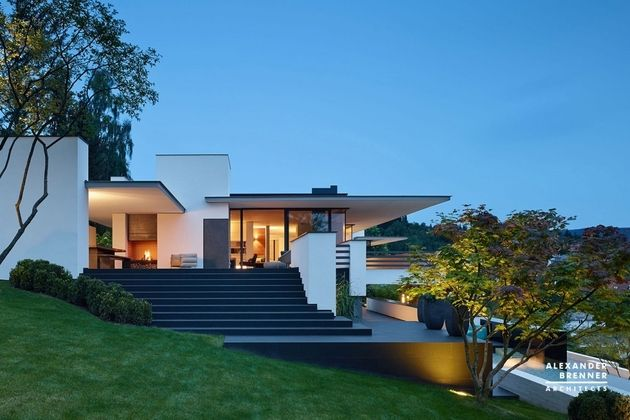 German Contemporary House On Top Of The Hill Architecture House 25 Beautiful Homes Architecture