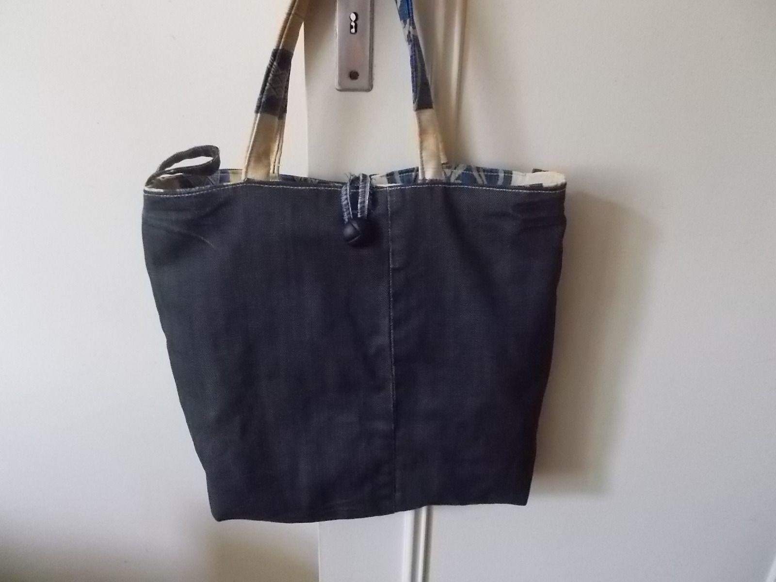 sac a mains cabas fourre tout en jeans recycle et tissus. Black Bedroom Furniture Sets. Home Design Ideas