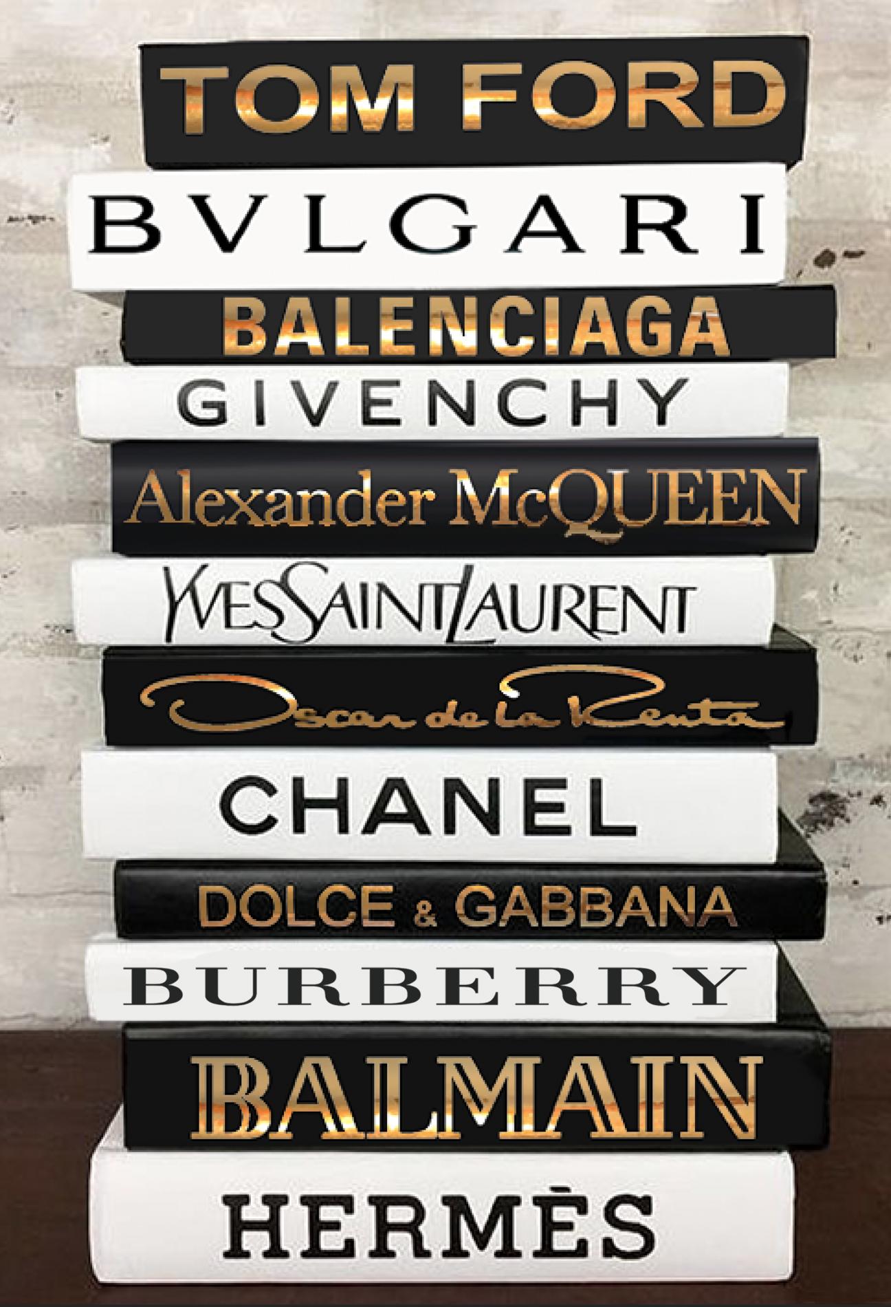 Fashion Designer Book Labels Set Of 12 Matte Metallic Chrome Giant Shoe Boxes Book Labels Book Design Fashion Design Books [ 1900 x 1296 Pixel ]