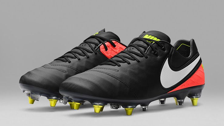 af2f371dc90f Nike Dark Lightning Pack Released - Anti-Clog Available - Footy ...