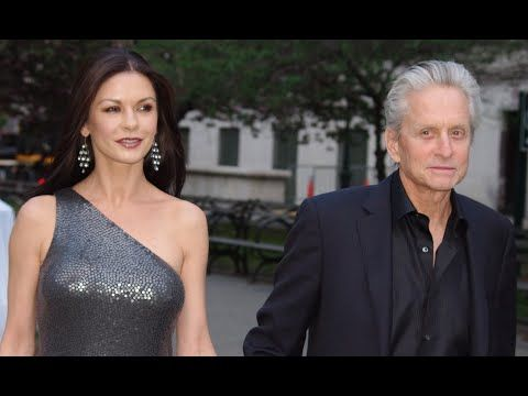 Celebrities dating age difference 12