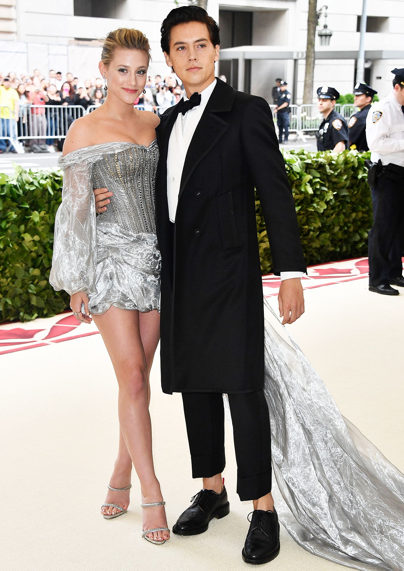 Lili Reinhart And Cole Sprouse Make Red Carpet Debut At Met Gala Lili Reinhart And Cole Sprouse Met Gala Met Gala Dresses