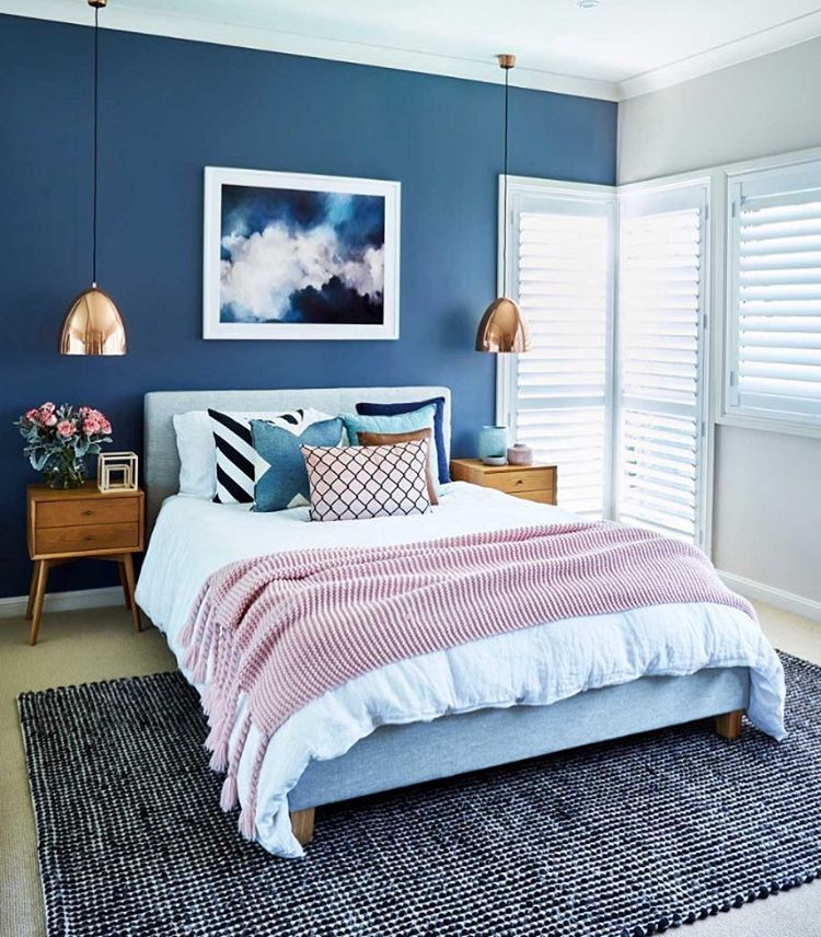 sitting pretty in blues and blush never tire of this on dreamy luxurious master bedroom designs and decor ideas id=81658