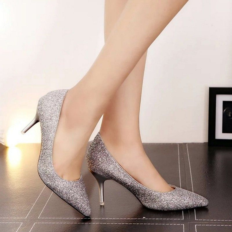 Pin en Modelos de zapatos