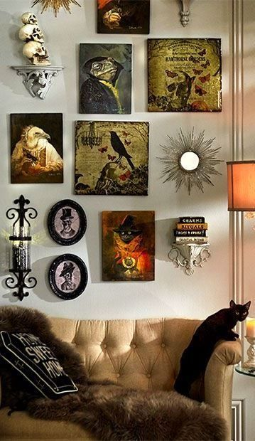 24    Halloween House Decor