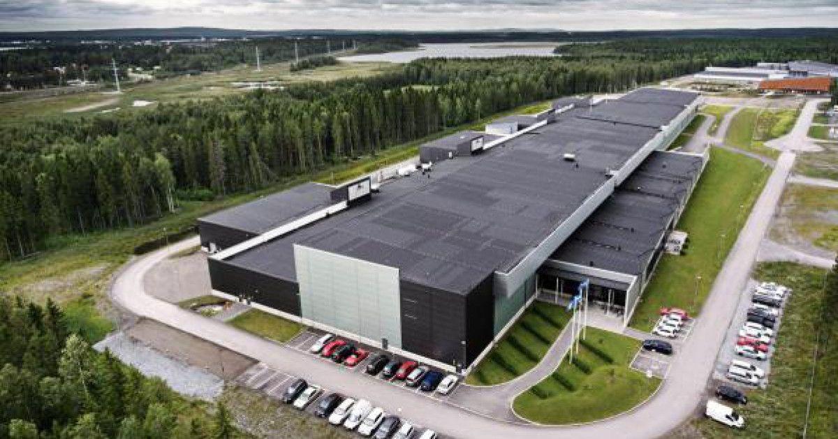 Facebooks Luleå Daten-Center in den Wäldern von Schweden ... bisschen Bilder schauen?  http://www.internetworld.de/social-media/so-sieht-es-in-facebooks-daten-center-1136144.html