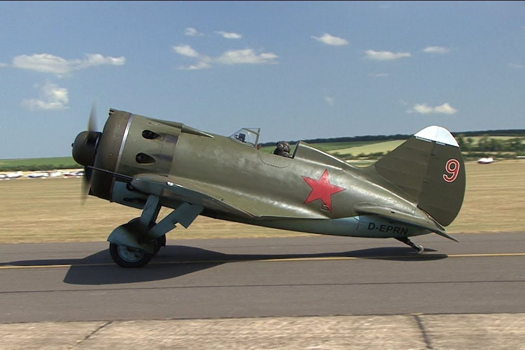 Polikarpov I-16 Rata-Mosca | Wwii fighter planes, Fighter planes, Wwii  fighters