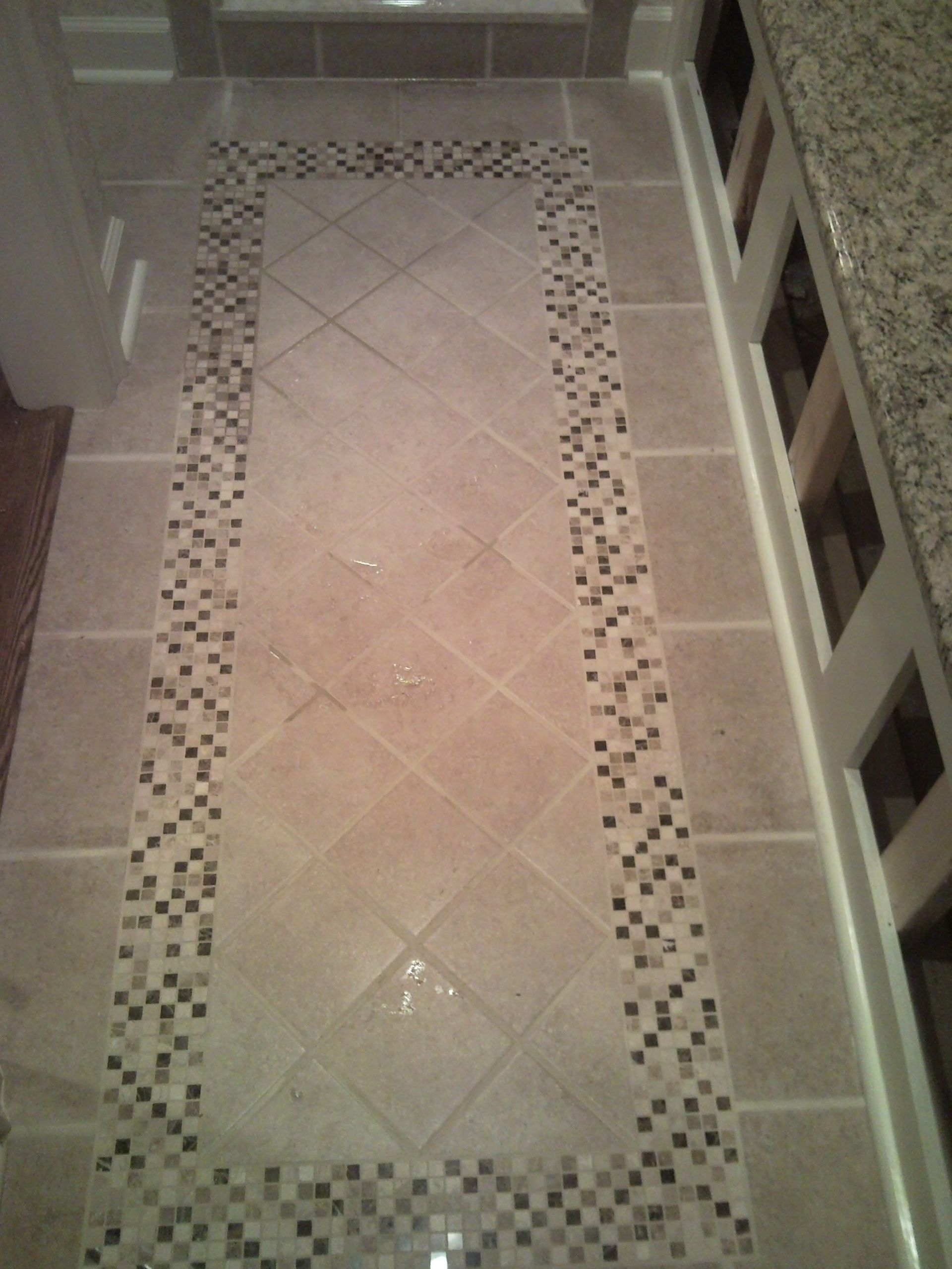 Diagonal With Mosaic Border Ceramic Quot Rug Quot Bathrooms