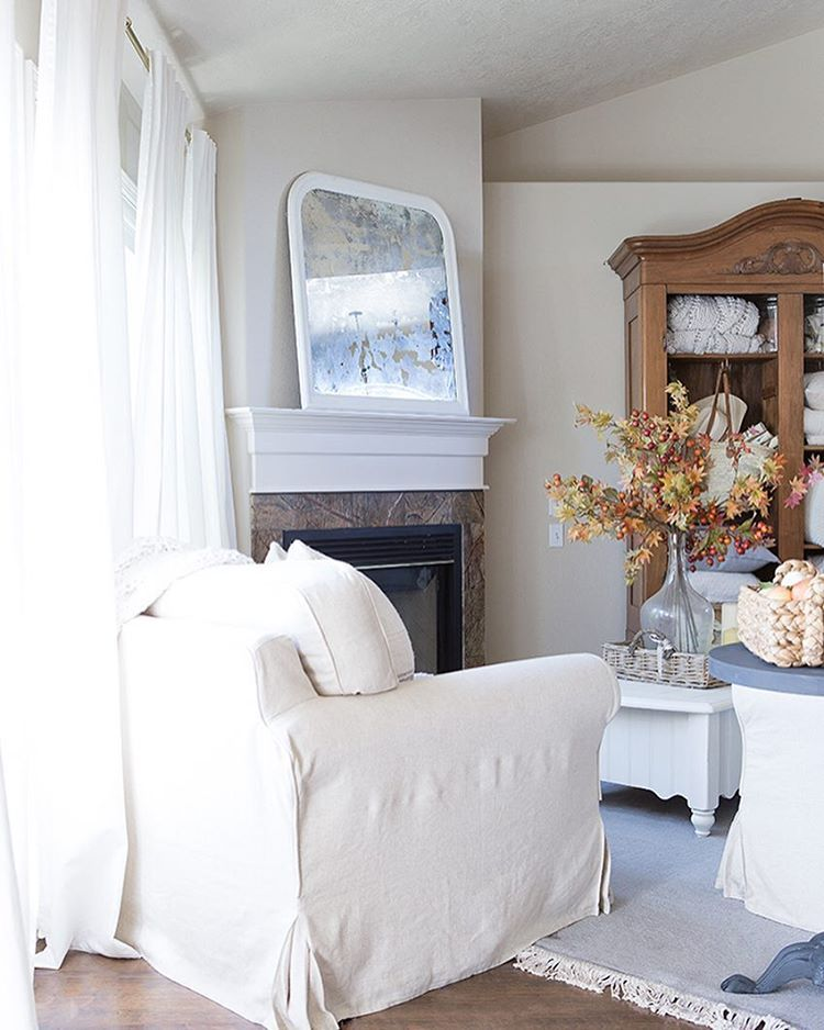 Southern Farmhouse Interior Cottage Living Rooms Spaces Fall Family House Beautiful Kid Bedrooms Decor Claire