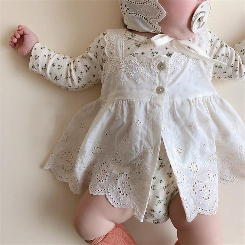 Adorable robe et petit chapeau pour bébé fille avec dentelle   – KIDEO / baby