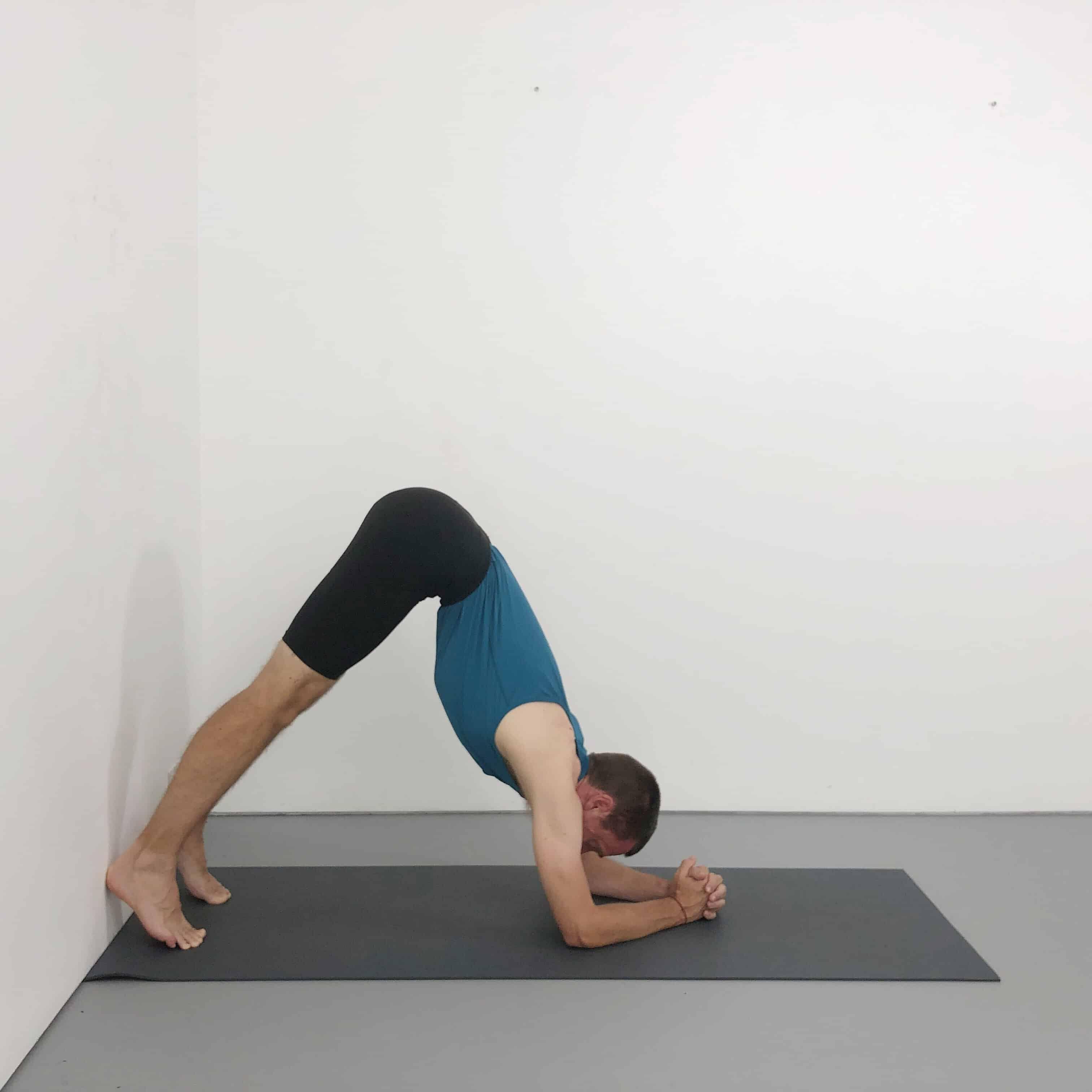 How To Do Sirsasana (Headstand) Step By Step Yoga