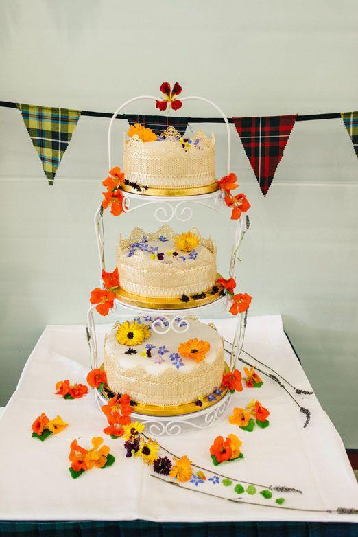 Miriam and John\'s Scottish 1920\'s wildflower inspired wedding with ...