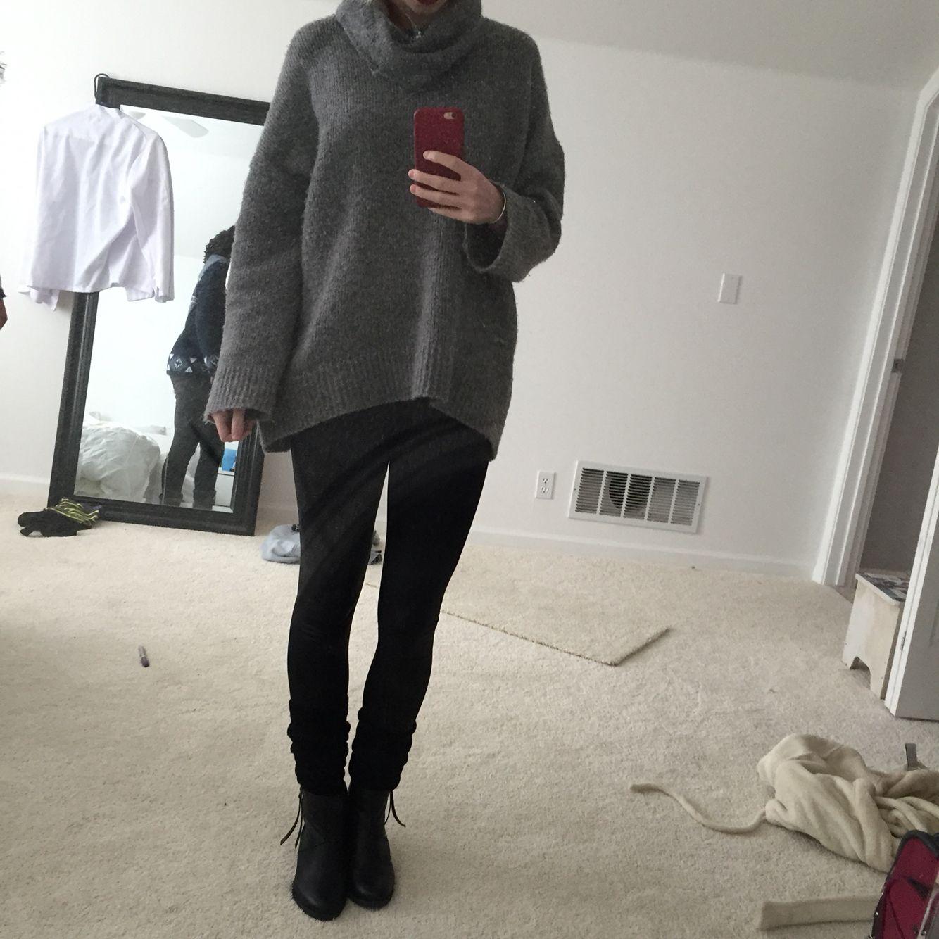 Turtle neck oversized grey sweater Pleather leggings Leg warmers Ankle boots | OOTD | Pinterest ...