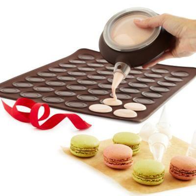 Gift Idea: Lekue Macaron Kit