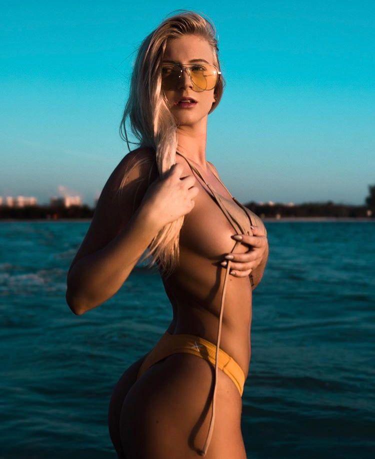 Hacked Sideboobs Mae Clarke  naked (12 photo), Instagram, legs