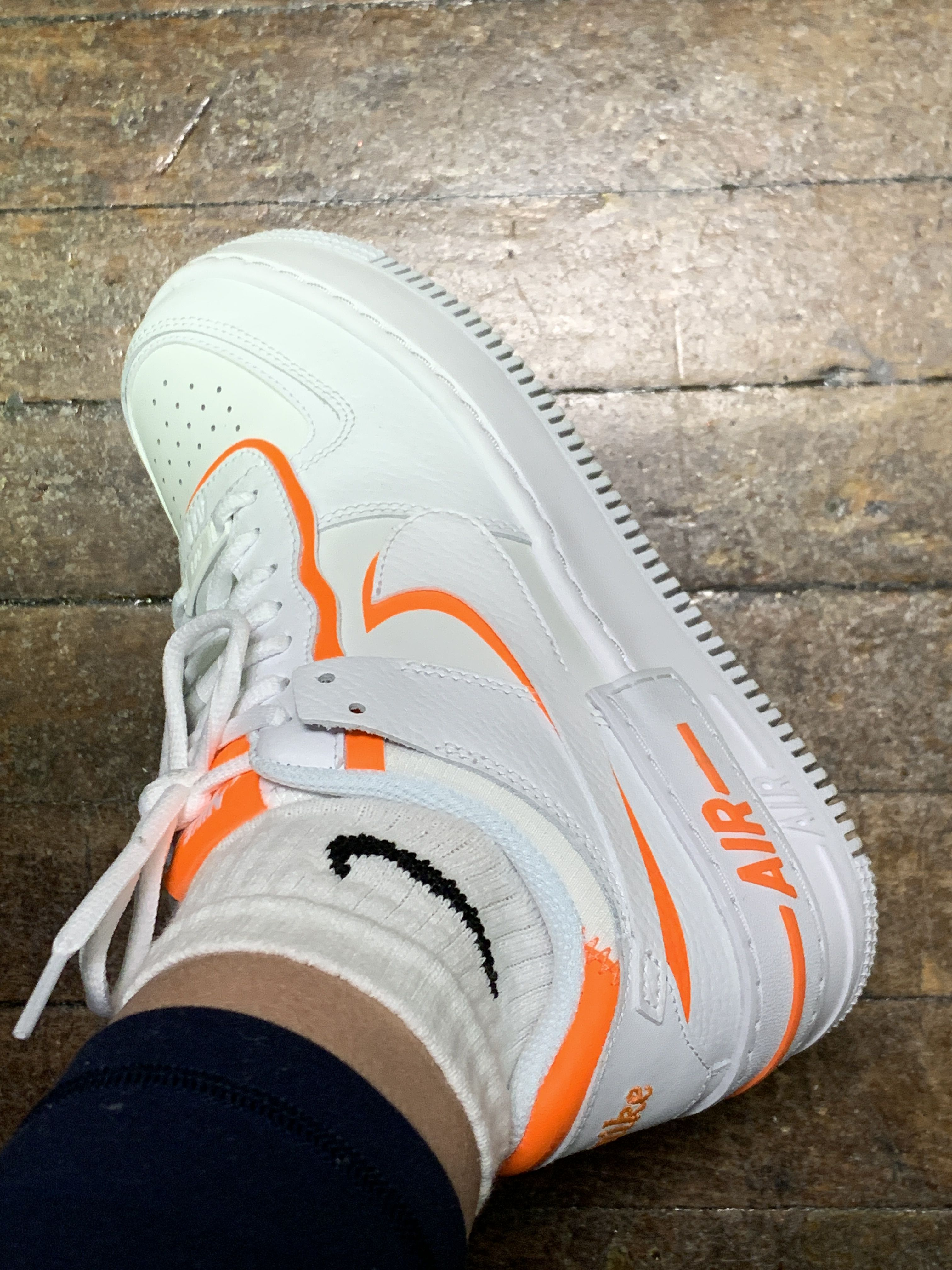 nike air force arancioni