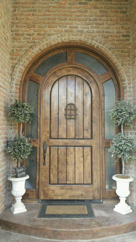 Knotty Alder 10ft Round Top Entry Door Ex 1346 Ksr Door And Mill Comany Entry Doors Knotty Alder Brick Molding
