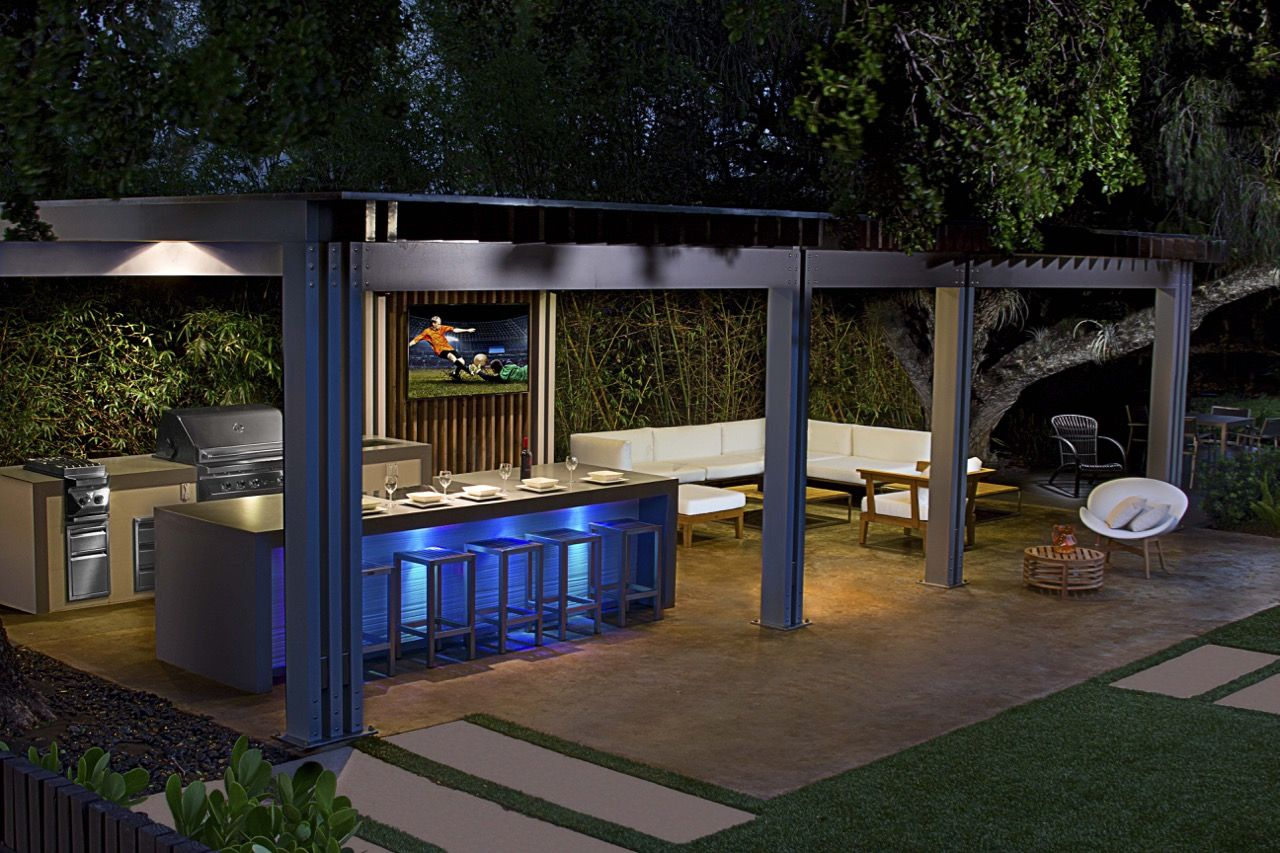 Luxapatio Is South Florida S First Choice For Outdoor Kitchens And Outdoor Kitchen Appliances Visit Us Today To Get Patio Summer Kitchen Outdoor Living