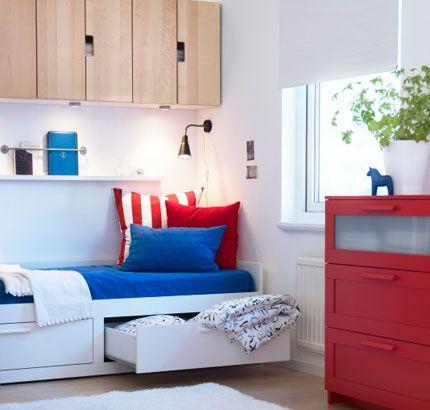 ikea sterreich inspiration schlafzimmer brimnes tagesbettgestell und kommode for the home. Black Bedroom Furniture Sets. Home Design Ideas