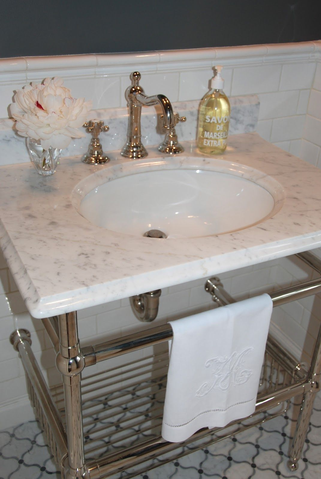 Bloggers A Ha Moments Elizabeth Moyer From Prettypinktulips Com Starting With Floor Tile Myaha Powder Ro With Images Marble Bathroom Vintage Bathrooms Bathroom Top