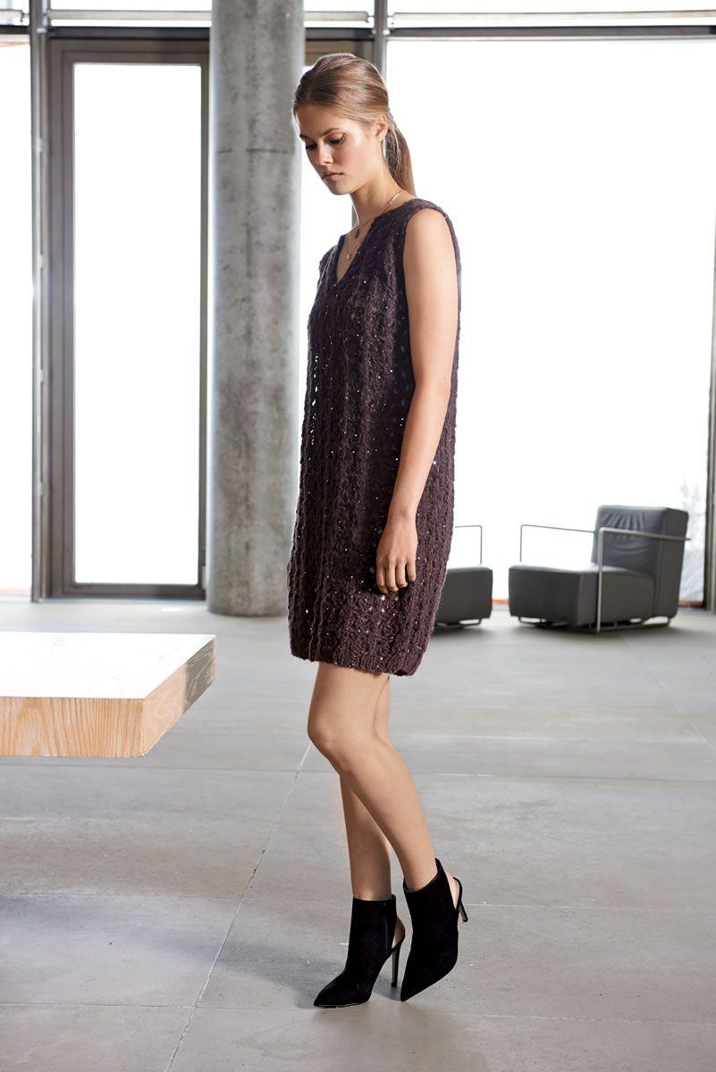 Lana Grossa LEGERES HÄNGERKLEIDCHEN Lace Paillettes - Design Special No. 2  - Modell Seite 4e0691d17f