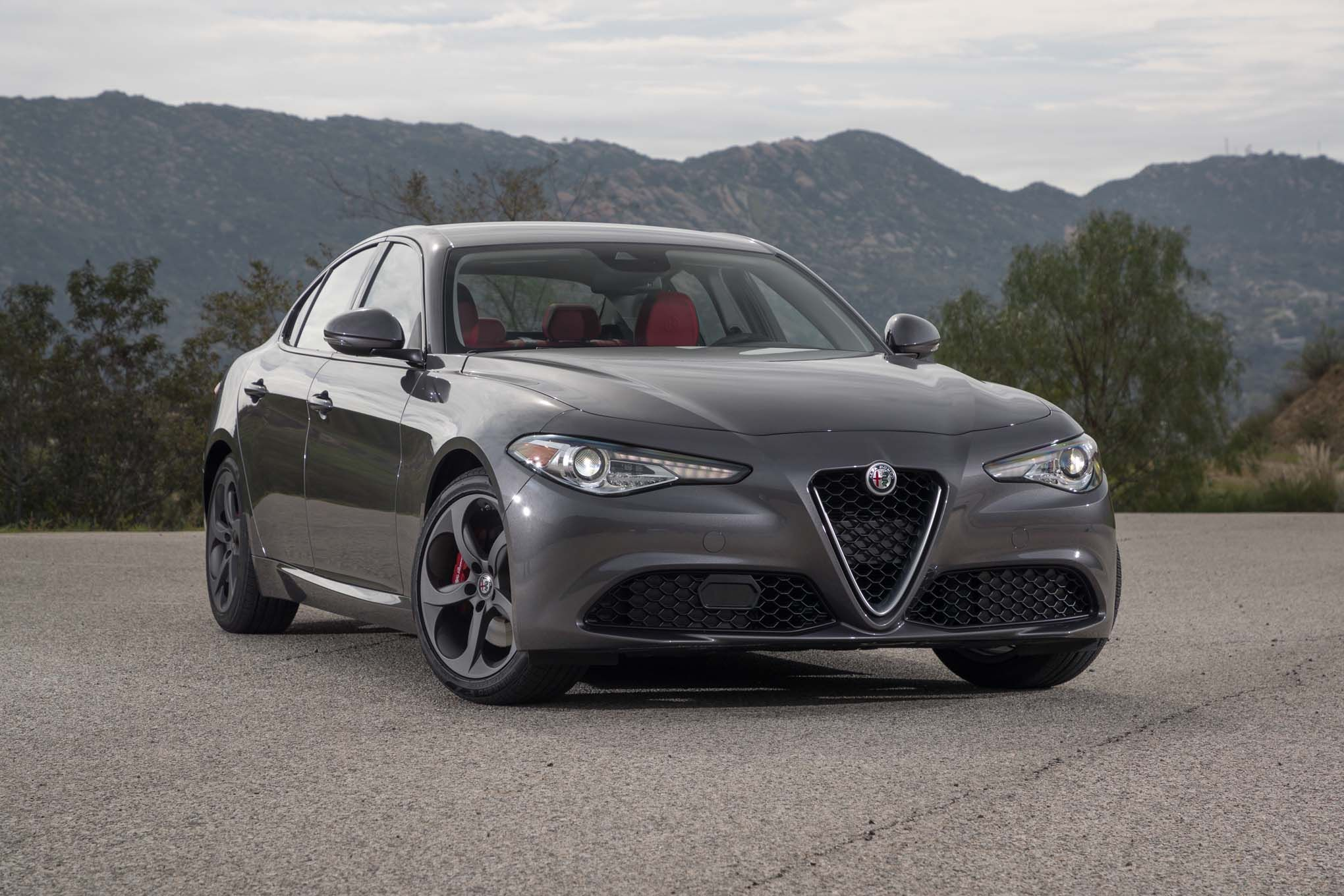 Alfa Romeo Giulia 2 0 Alfa Romeo Alfa Romeo Giulia Car Pictures