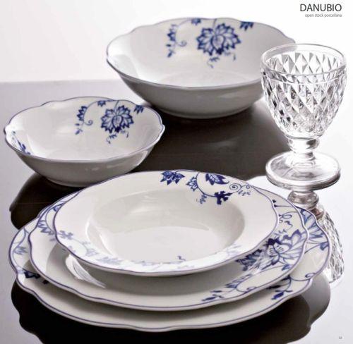 Fade servizio tavola piatti in porcellana danubio blu smerlato decoro fiori porcellane - Servizio piatti design ...