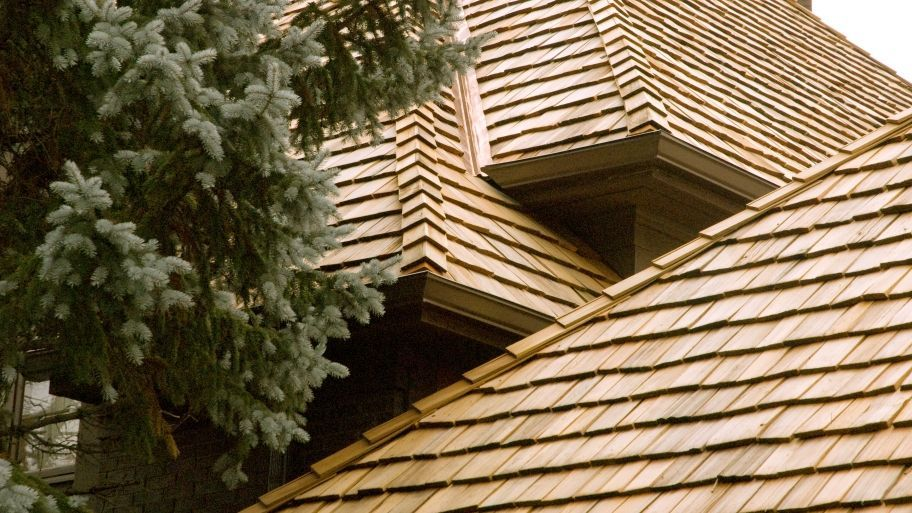 Best Easy And Practical Roofing Tips That You Can Use Cedar 400 x 300