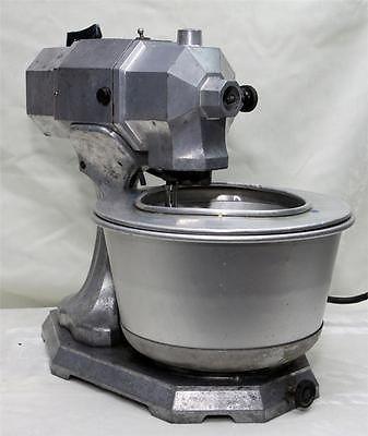 Vintage Kitchenaid Vintage Antique 1930 S Deco Kitchenaid Stand Mixer Model R Works Kitchen Aid Vintage Kitchen Appliances Vintage Cookware