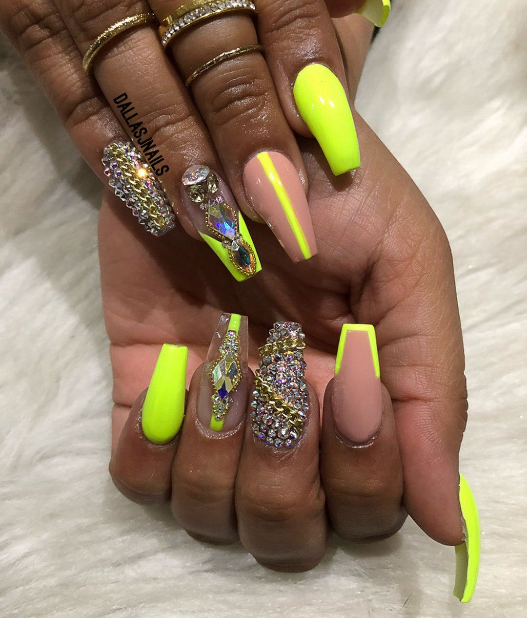 99 6k Followers 3 278 Following 5 435 Posts See Instagram Photos And Videos From Dallasjnails Dallasalexiaxo Green Nail Designs Lime Nails Green Nails