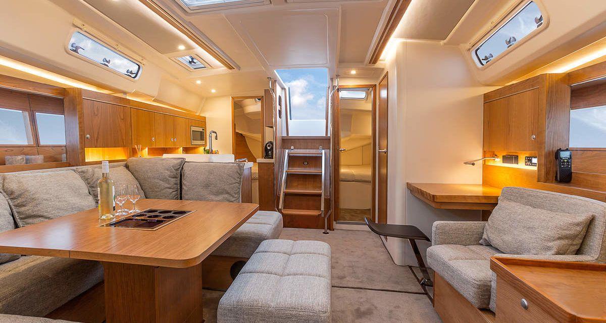 Hanse Yachts Hanse 455 Salon Sailboat interior, Boat