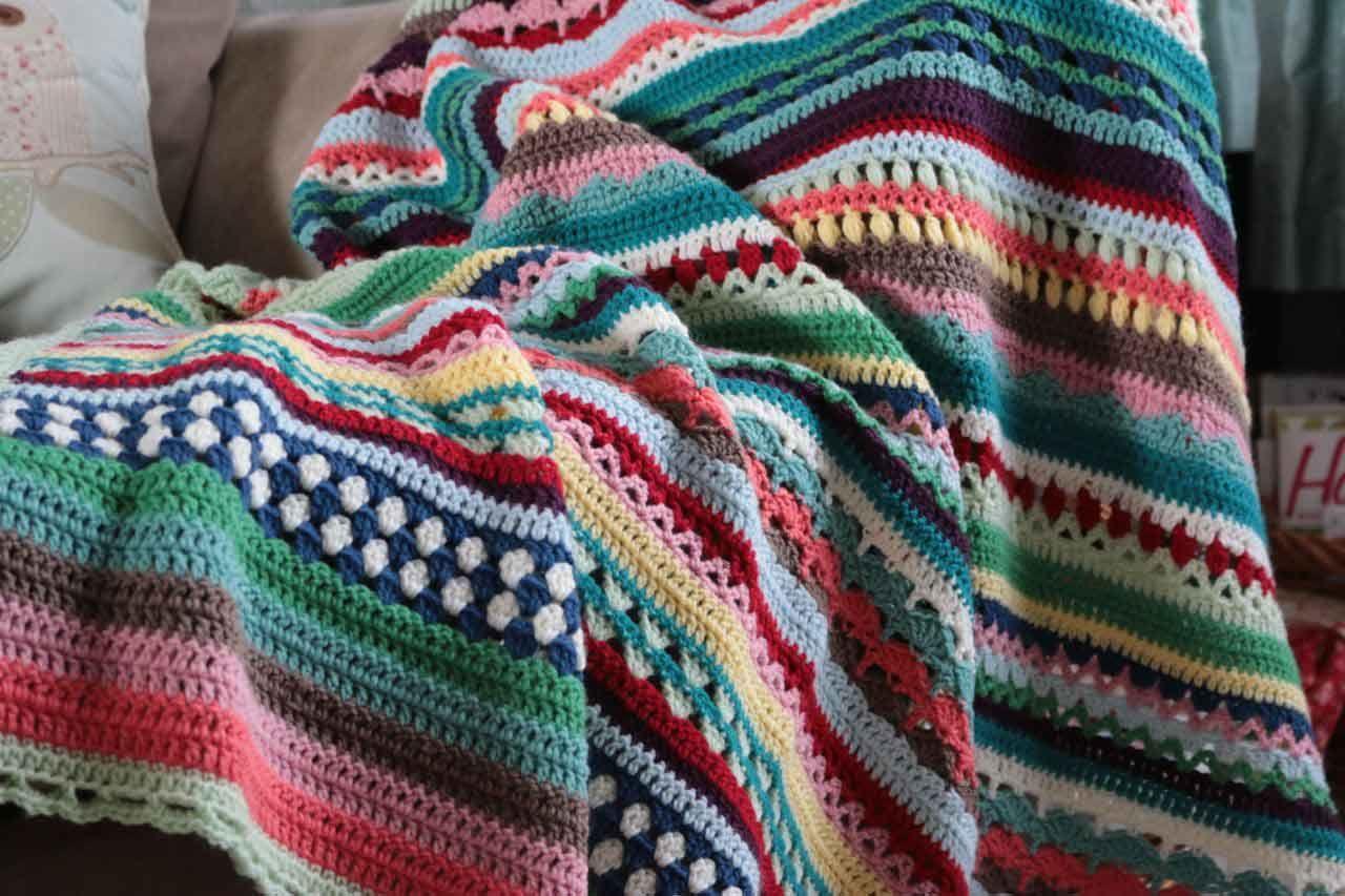 Beautiful Crochet Blanket - Cal. Free Pattern. Yarn And